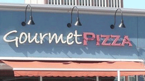 Gourmet Pizza Waterloo Town Square